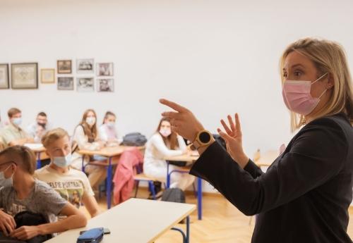 Predavanje V. gimnazija